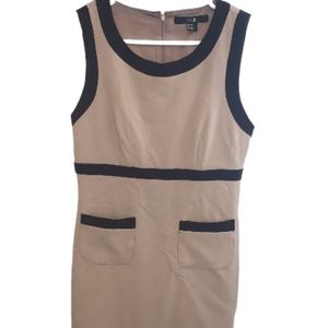FOREVER 21 Tan and Black Dress M